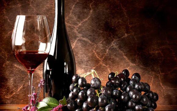 Care este provocarea cea mai mare: să alegem preparatul din meniu sau să-i asociem cu un vin?